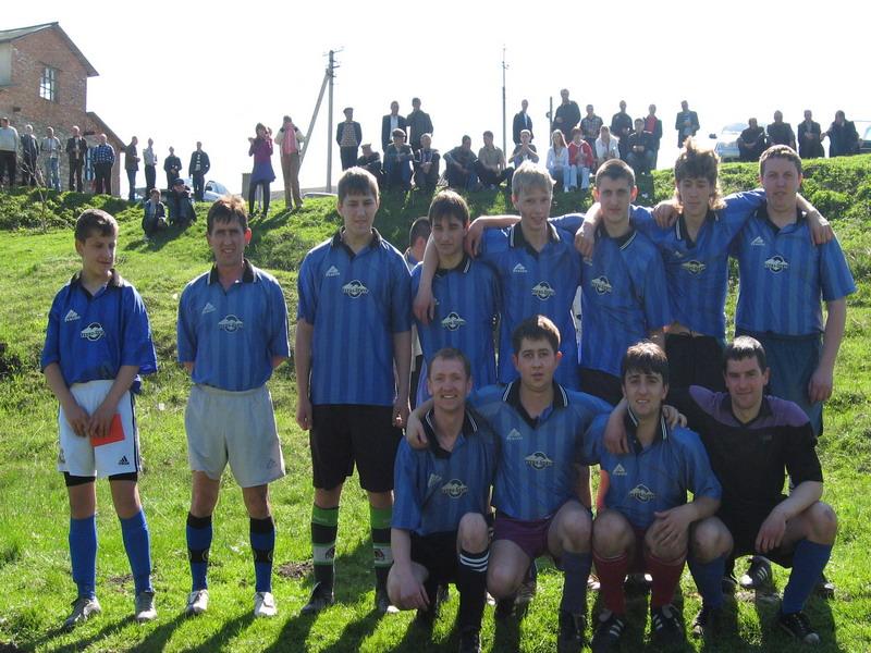 Футбольна команда с.Чесник сезону 2010 року